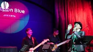 Download Wonderwall - Voyage & Iwan Abdie (Oasis Jazz Cover) MP3 song and Music Video