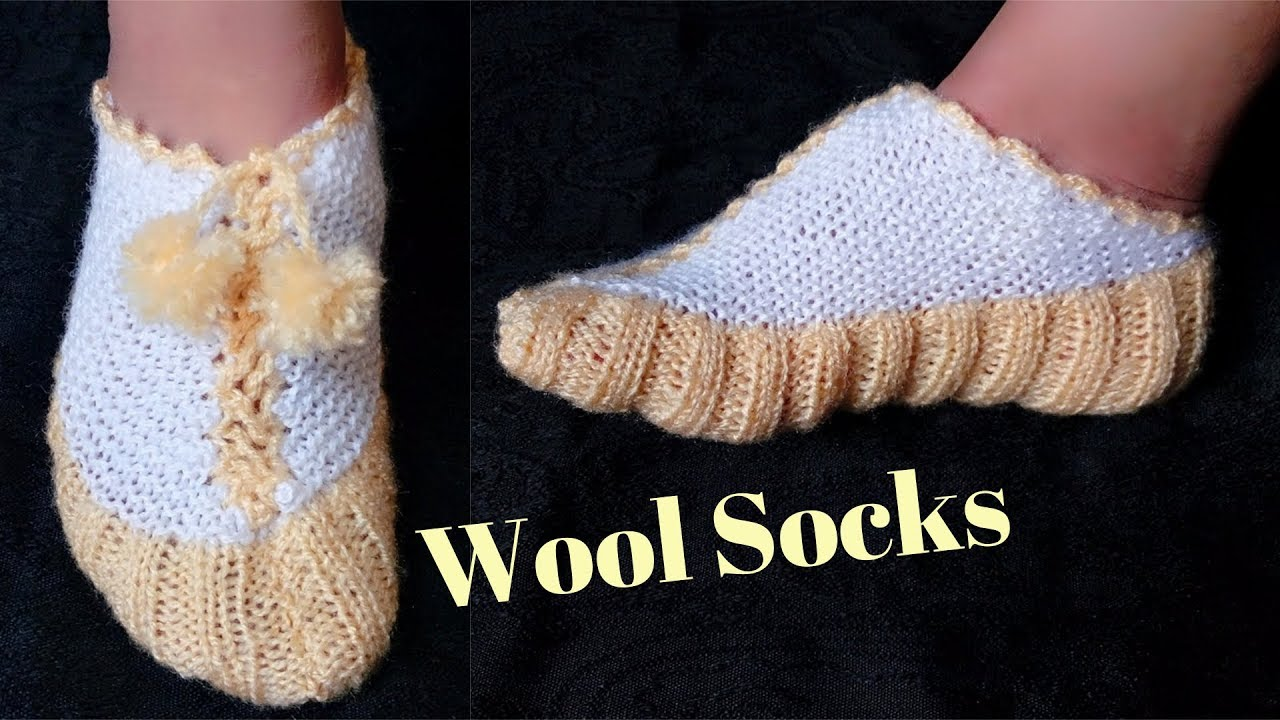 Easy Socks Design with knitting || in hindi - YouTube