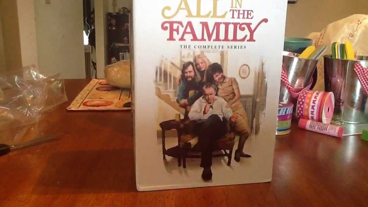 all in the family the complete series dvd youtube. Black Bedroom Furniture Sets. Home Design Ideas