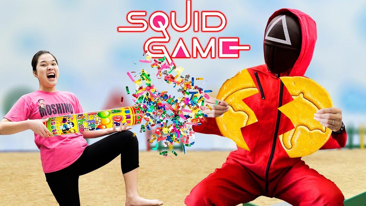 Hai Chị Em Tham Gia Squid Game Trò Chơi Con Mực ❤ Tách Kẹo Khổng Lồ SQUID GAME 2022 ❤ Trang Vlog