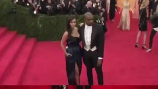 Oups ! La robe de Kim Kardashian est un peu trop ouverte !