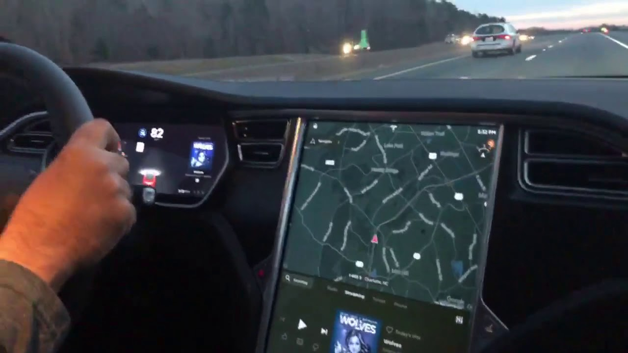 Autopilot Tesla - YouTube