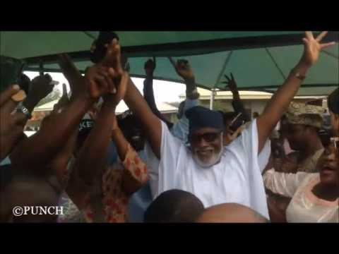 Ondo governor-elect, Akeredolu, supporters dance to 'Godwin' | Punch