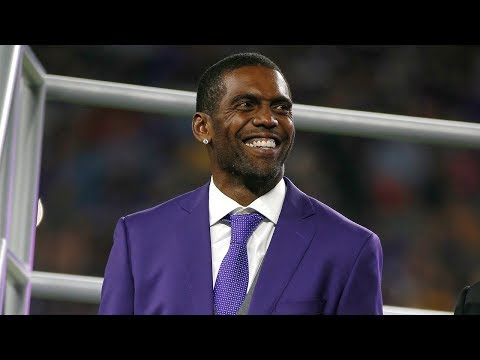 Randy Moss Enters The Vikings Ring of Honor
