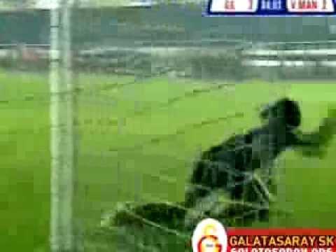 25.02.2006 Galatasaray 3 Manisa 2 Rigobert Song mükemmel gol ardından afrika aslanı gol sevinci :)