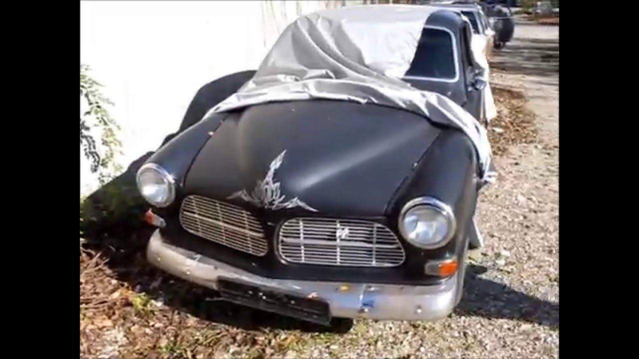 I Just Found 3 Abandoned Old Classic Cars 40s 60s - YouTube