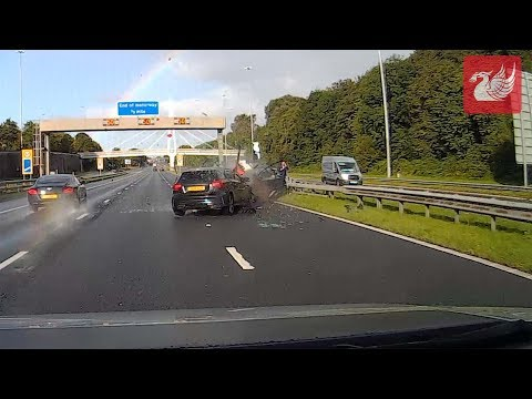 Dramatic Dash Cam Footage Shows Moment Of M62 Crash