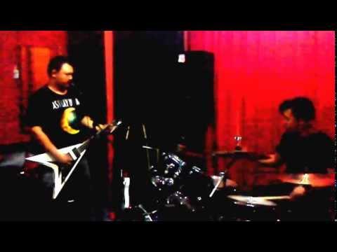 Seroja-Search-The Dark Desire-Band Cover-Lagenda BUdak Hostel