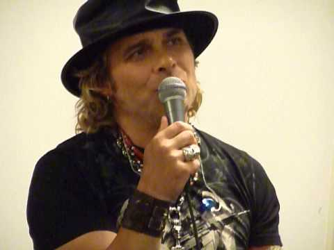 MIKE TRAMP - Will White Lion ever reunite? (question by fan)