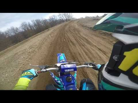 YZ125 STUCK THROTTLE