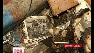 Мешканці будинку, що постраждав від вибуху в Павлограді, намагаються врятувати вцілілі речі