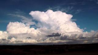 Time Lapse footage of a Thunderstorm boiling into the Stratosphere in HD