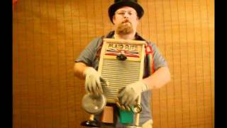 Mister Maid Rite washboard player