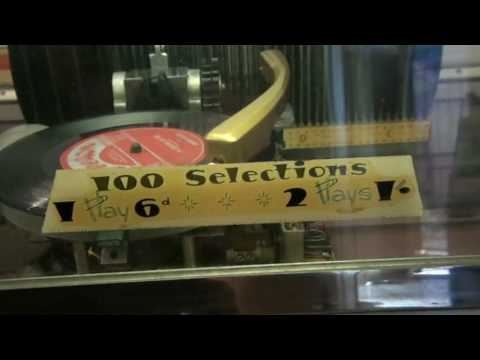 Musicola Jukebox Mark 2 V-100 , playing Johnny O'Keefe I'm c