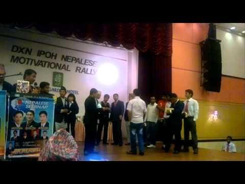 DXN MEETING IPOH PERAK MALAYSIA.नेपाली बाेल्दै चाइनिज लि गी काउ मलेशिया।