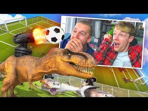 VOETBALLEN MET KANNONEN OP DINOSAURUS! - Beast Battle Simulator #2