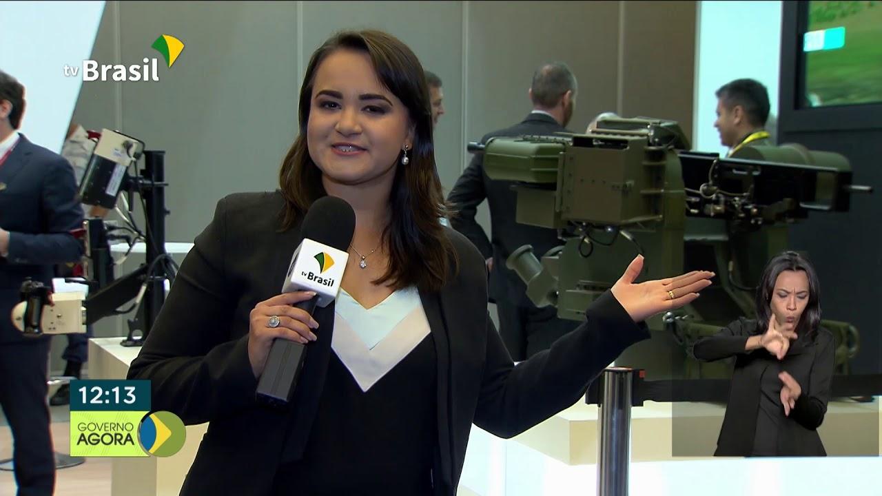 Hamilton Mourão visita a Conferência de Simulação e Tecnologia Militar