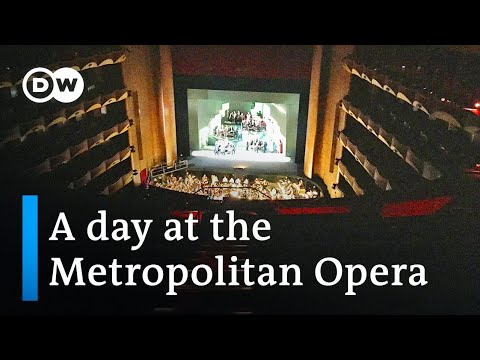 A Day at the Met | Sarah's Music