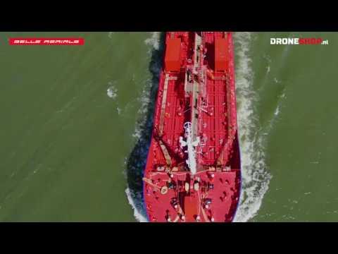 Dronebeelden Scheepvaart bij Quarantainestation, Heijplaat, Rotterdam (re-edit)