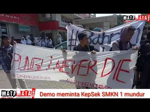 Demo Siswa Siswi SMKN1 Surabaya