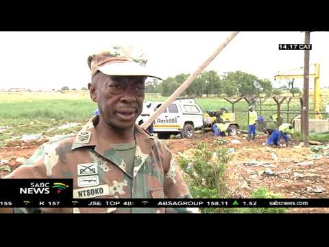 SANDF clean the contaminated Vaal River system