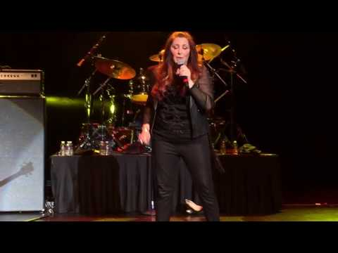 Tiffany featuring Jasmine Cain - Edge of Seventeen (Stevie Nicks cover) - Live in Atlantic City, NJ