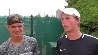 Tomáš Macháč a Antonín Bolardt po porážce ve finále deblu Rieter Open Ústí nad Orlicí 2018