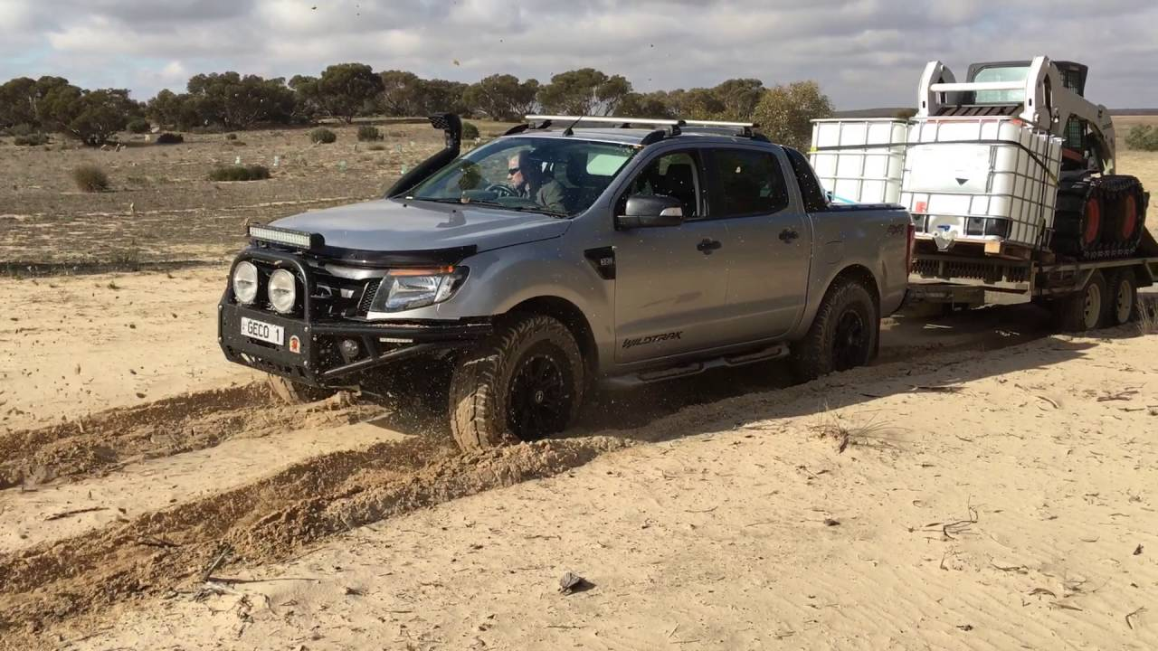 Ford ranger towing 3 5 t through sand