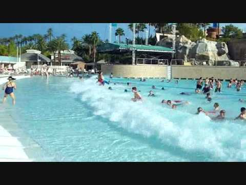 Las Vegas Mandalay Bay Pool Youtube