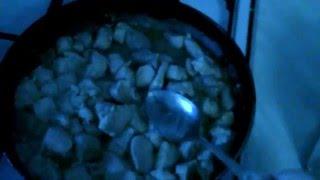 жарка свинины с луком и грибами