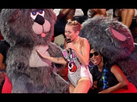 Miley Cyrus 2013 VMAs - Wild Performance with Robin Thicke!