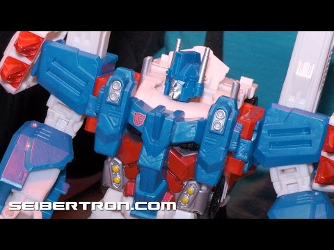 Combiner Wars Leader Ultra Magnus Hammer Assembly Transformers Generations at Toy Fair 2015