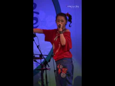 [Fancam] 090913 Sulli - LA chA TA Music show of Se...