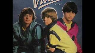 Mágico  -  Viva's (Con Chus y Michel antes de Parchís)