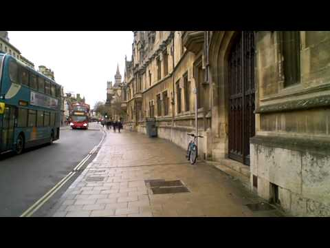 Back in Blighty #9 - Walking past Oxford Colleges