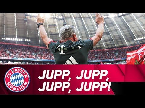 Heynckes celebrates the championship | #MiaSanMeister