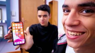 اشتريت لاخويا iphone 11 pro  و عملنا تحدي التوام في بصمة الوجه !!