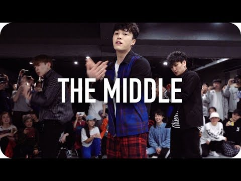Cover Lagu The Middle - Zedd, Maren Morris, Grey / Junsun Yoo Choreography STAFABAND