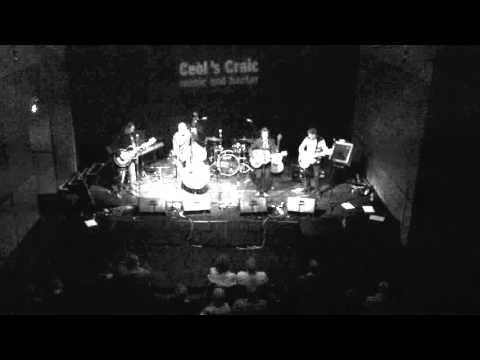 Hey Véloniño! (Live) at Ceòl's Craic Americana Night 2015