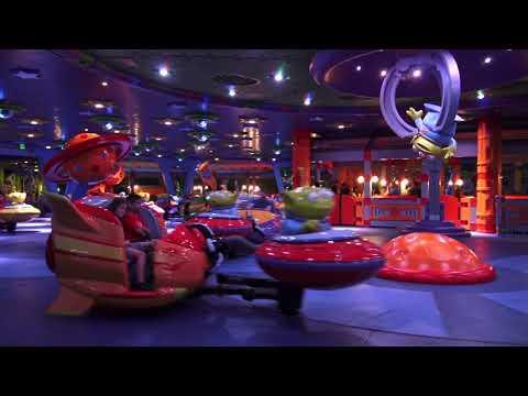 Alien Swirling Saucers Off Ride