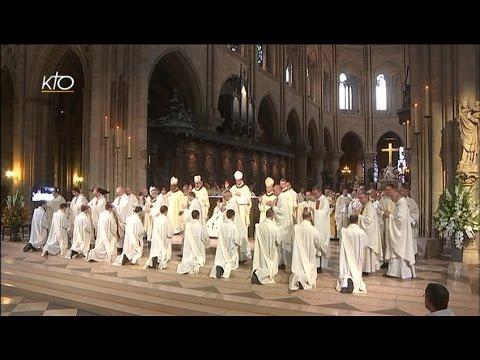 Ordinations sacerdotales à Notre-Dame de Paris