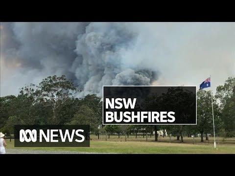 Bushfire emergency as fire threatens homes on NSW north coast | ABC News