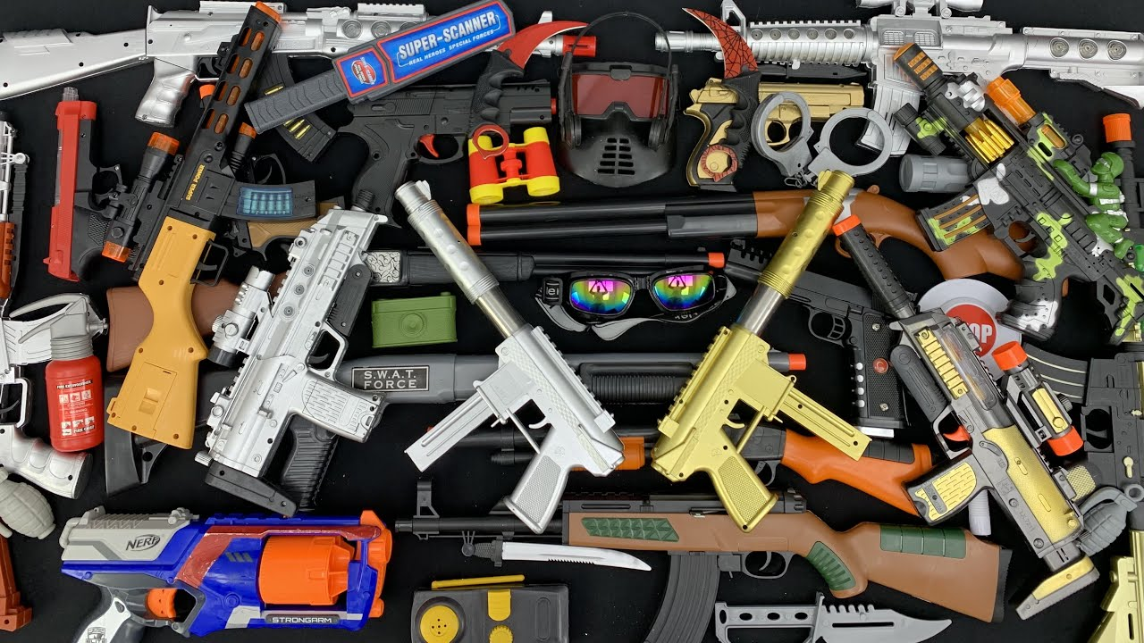 Weapons of the Commander! Best Toy Guns and Rifles on This Table! Master Collectioner!