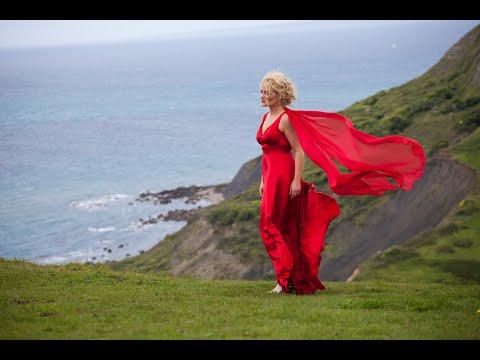 NEW: Wagner - 'Einsam In Trüben Tagen,' Samantha Crawford - Soprano