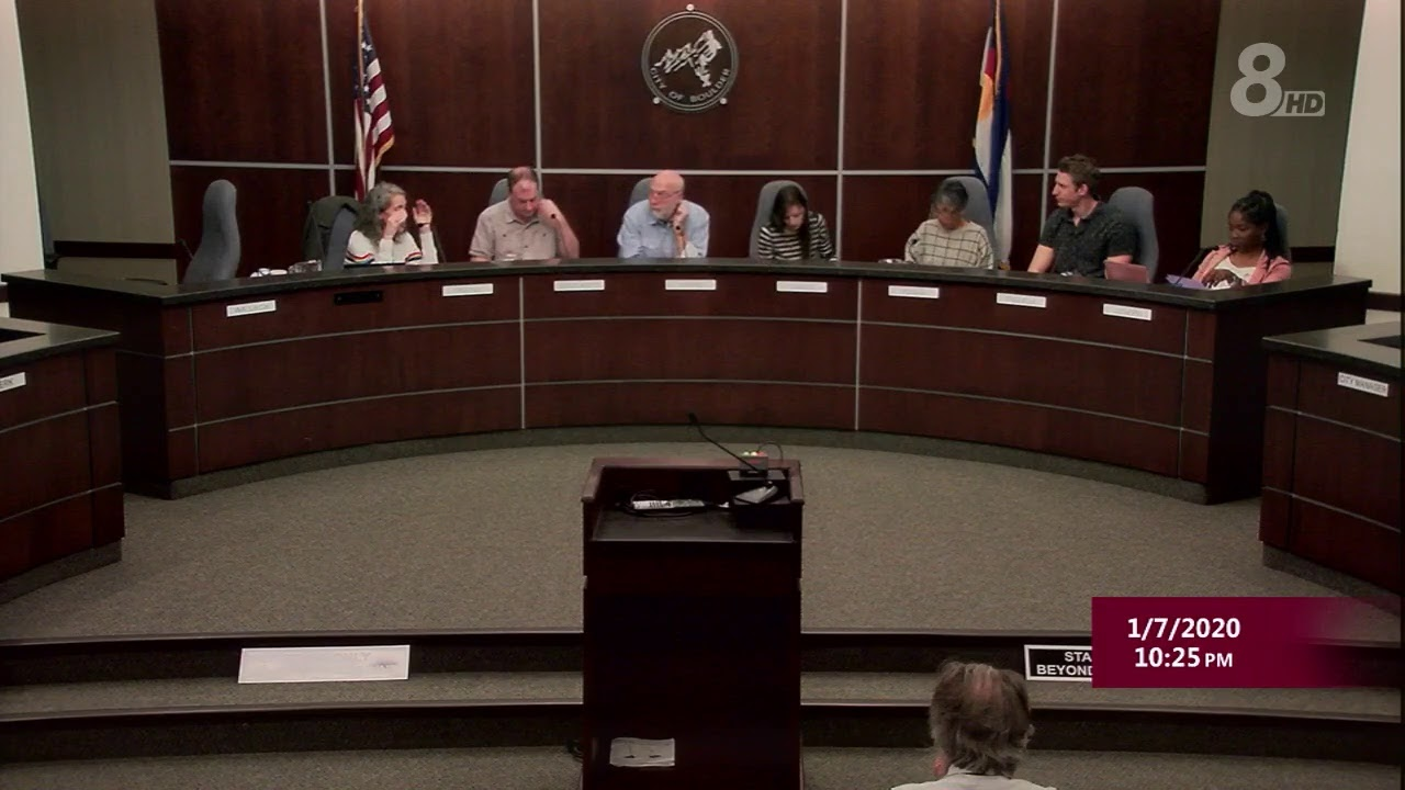 Columbia City Council unanimously approves first reading of ...