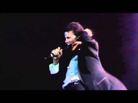 Michael Jackson - Don't Stop Till You Get Enough 1981 (Live[?] lead vocal snippet)