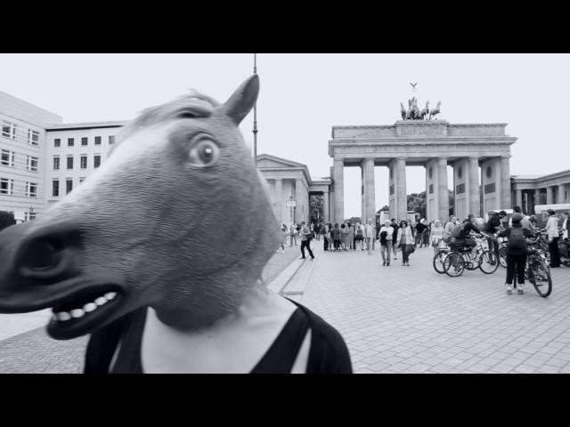 ZWEITE JUGEND - Euroträume [Official Music Video]