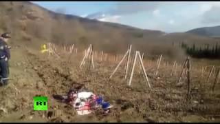 Видео с места крушения вертолёта в Крыму(В Алуштинском регионе Крыма потерпел крушение частный двухместный вертолёт «Робинсон». В результате проис..., 2016-11-28T09:03:16.000Z)
