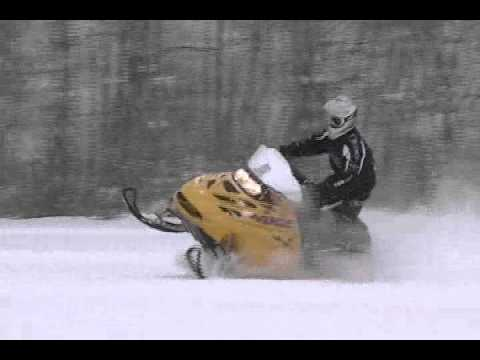 2000 Skidoo Mxz 600 Jumps And Carving