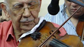 موسيقى دارت الايام - صولو كمان الفنان الحاج سعد محمد حسن - صالون المنارة 26/3/2014